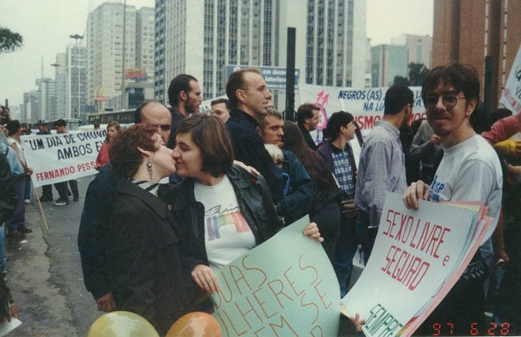 Registro da 1ª Parada do Orgulho LGBTI+ na cidade de São Paulo, em 1997 Arquivo Pessoal/Nelson Marias - 28. jun.1997