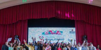 O evento, no Clube Homs, oficializou a união de 22 casais LGBT+