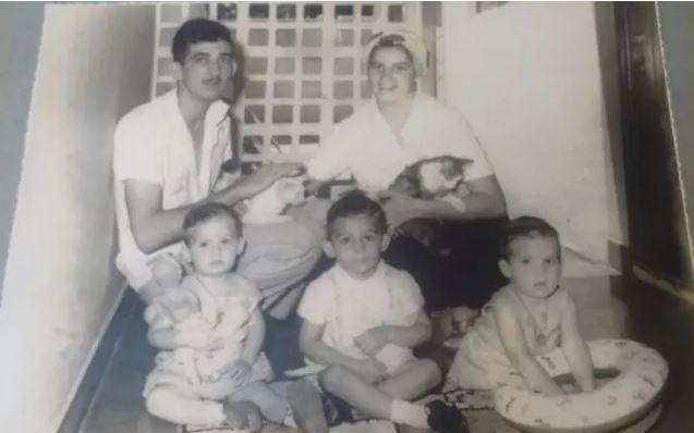 No começo da década de 1960, Franklin e Edite com Flávio (à esq.), Ricardo e Marcelo