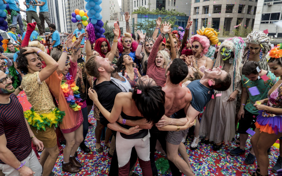 Cena de Sense8 gravada na Pride de São Paulo em 2016. Foto: divulgação