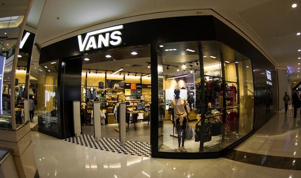 A Vans Store Morumbi marca a primeira fase do programa da abertura de lojas da marca no país, que será seguida pela inauguração da nova Vans Store no Shopping Ibirapuera nas próximas semanas. Foto: divulgação