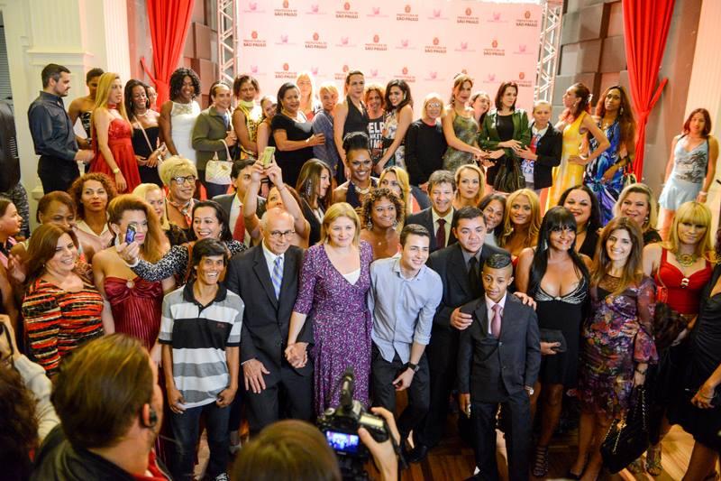 Em clima festivo do primeiro ano de realização do programa Transcidadania (2016) Foto: Secretaria Municipal de Direitos Humanos e Cidadania de São Paulo