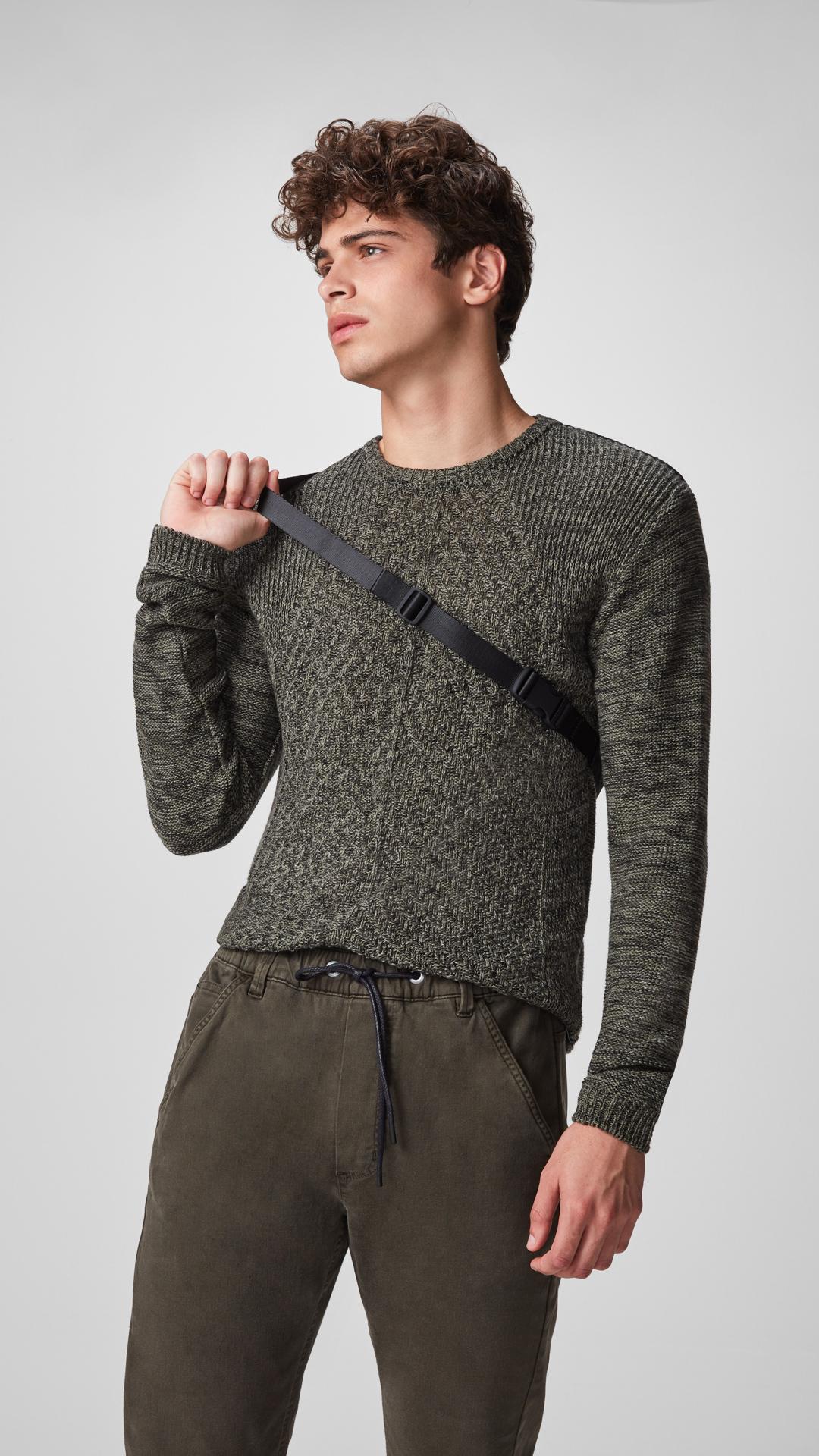 e94587932 Calvin Klein Jeans apresenta as primeiras peças da coleção Inverno 2019