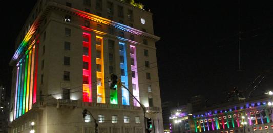 São Paulo poderá multar e até fechar estabelecimentos LGBTfóbicos