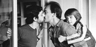 """A primeira imagem """"mainstream"""" mostrando uma família composta por casal gay (Foto: J.Ross Baughman)"""