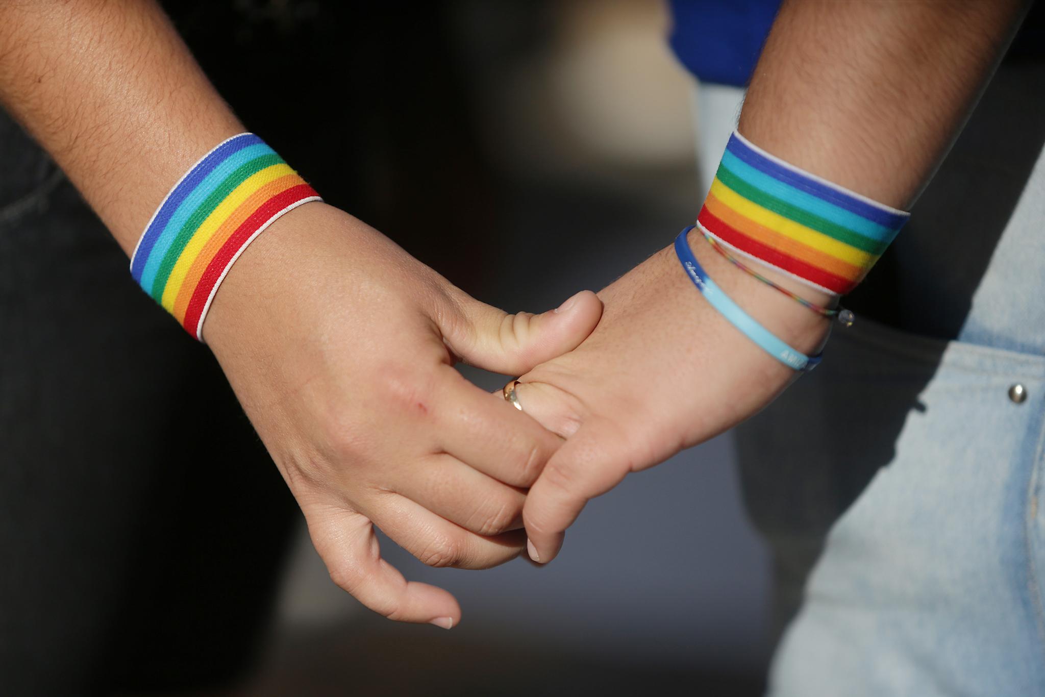 No Brasil, os casais homoafetivos podem converter a união estável em casamento (Foto: Reprodução)