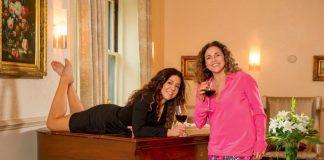 Mais de 70 nomes da música promovem o Festival Fico em Casa; iniciativa começou em Portugal