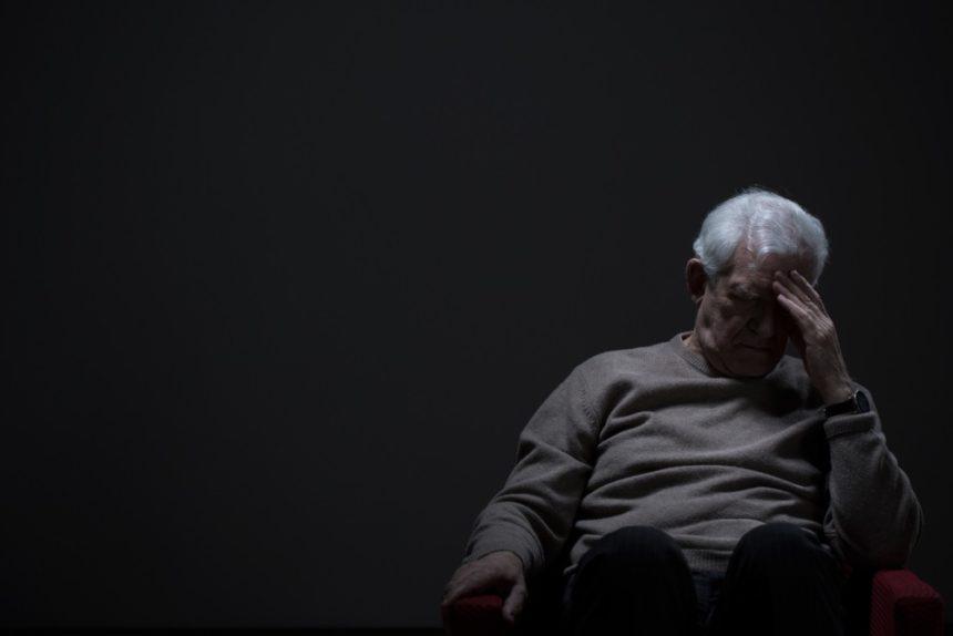 Estudo conclui que desigualdade torna idosos LGBTs mais propensos a usarem drogas