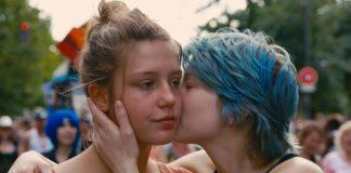 """""""Azul é a Cor Mais Quente"""" é o filme LGBTQIA+ mais pesquisado entre os brasileiros; confira lista"""