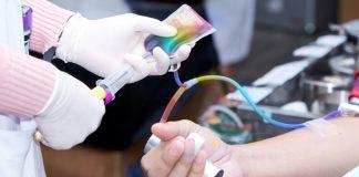Estudante processa hemocentro que recusou aceitar seu sangue por ser gay