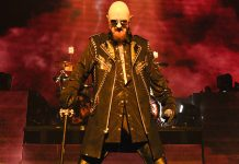 """""""Os fãs gays de metal devem sair do armário"""", diz Rob Halford, vocalista do Judas Priest"""