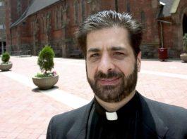 Peter Miqueli Padre acusado de desviar US$ 1 milhão para sustentar michê morre em circunstâncias misteriosas