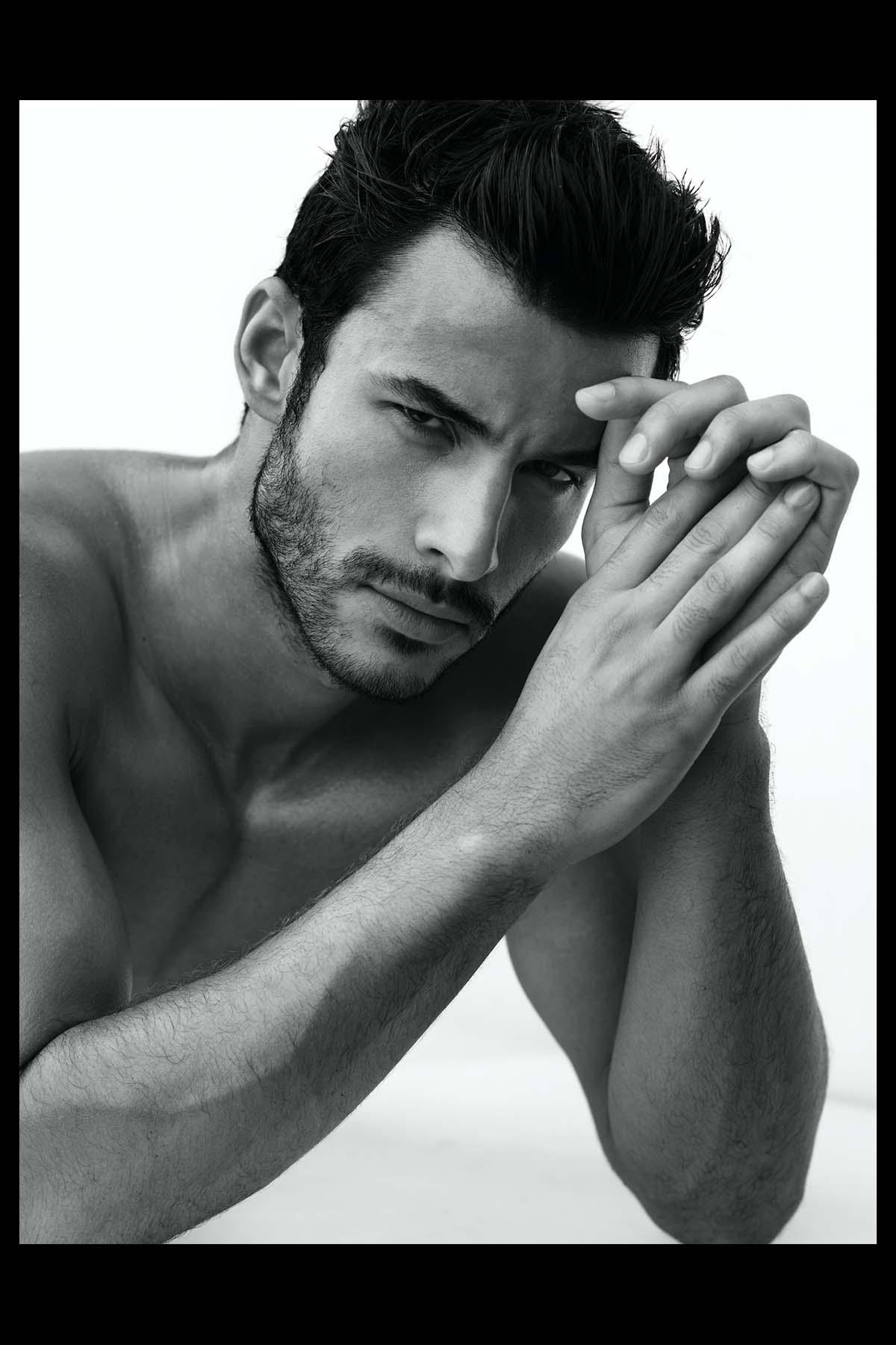 ENSAIO: Renato Freitas por Wong Sim para Brazilian Male Model