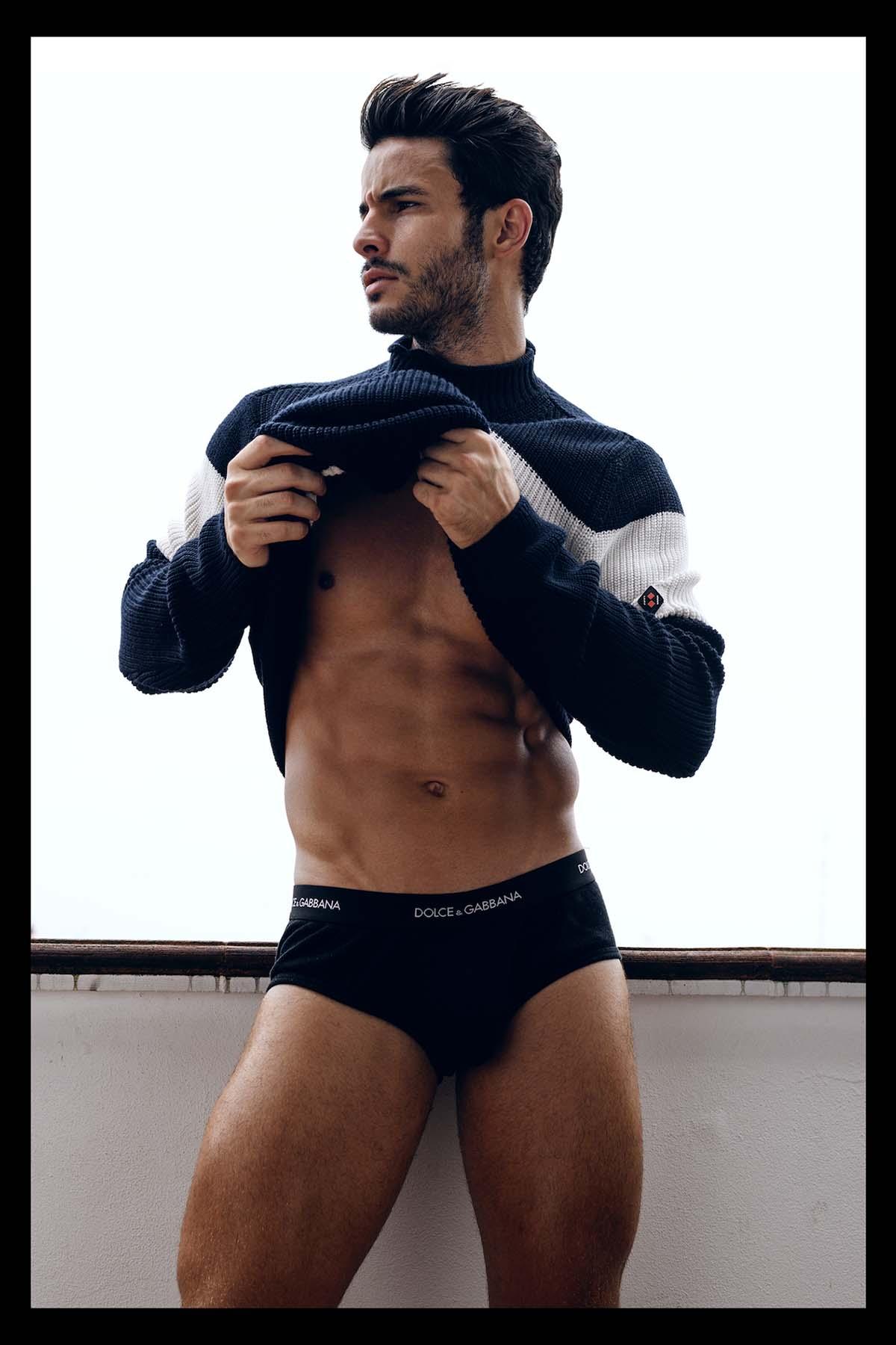 Ensaio Renato Freitas Por Wong Sim Para Brazilian Male Model