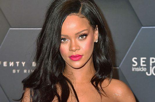 Rihanna deve deixar de lado o lançamento do álbum para focar na linha de produtos