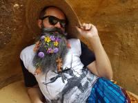 Chico Flores lança single inspirado em Madame Satã: drag, negro e gay de 1920; ouça