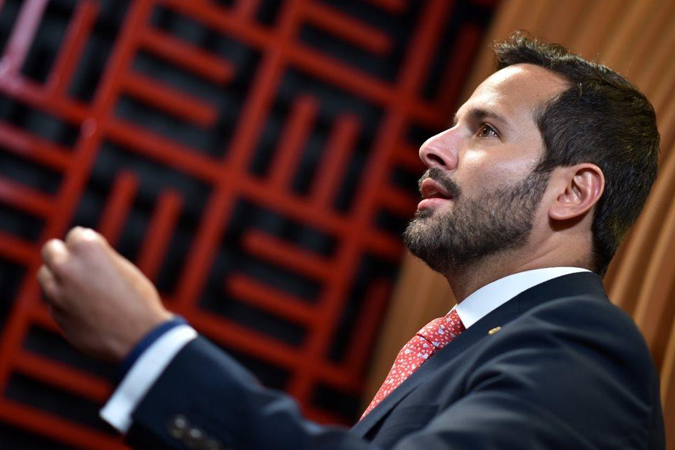 Deputados 'friendly' são cobrados após votarem pelo perdão de dívida fiscal de igrejas milionárias