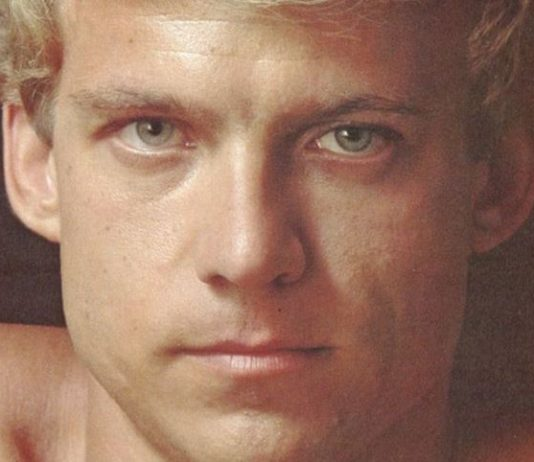 Em memória de Eric Stryker, ator pornô que viajou os EUA para conscientizar sobre o HIV