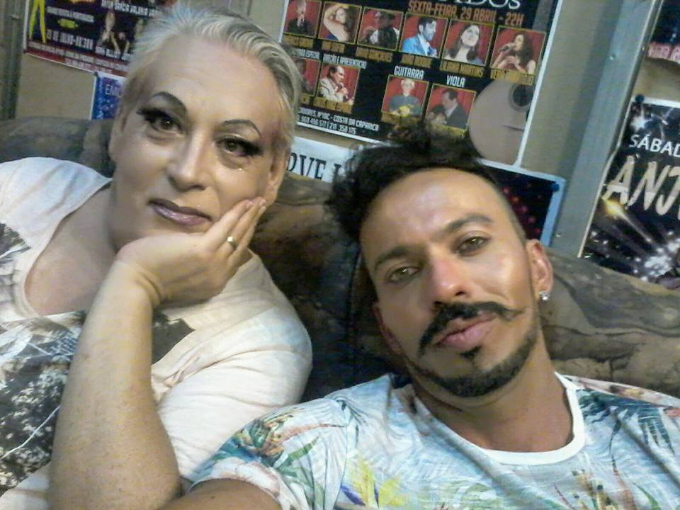 Vanini y esposo