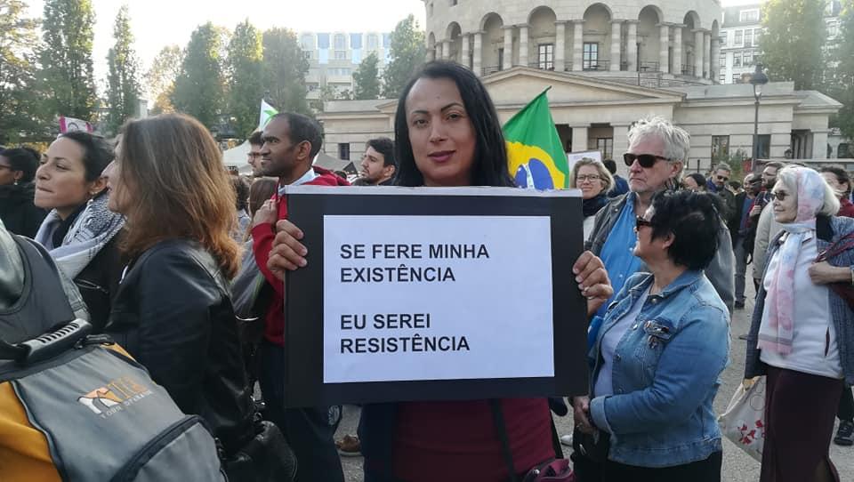 Giovanna Magrini em um protesto