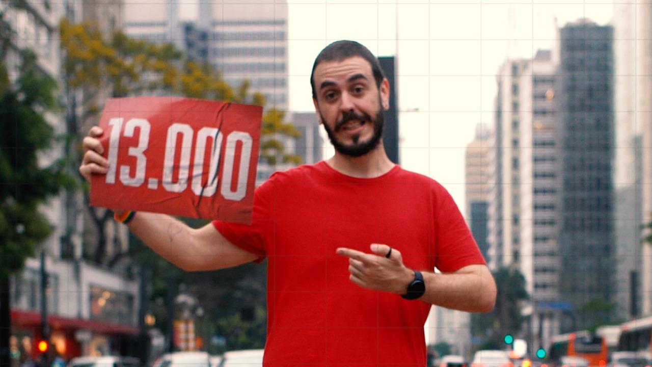 Ativista LGBT William de Lucca lança campanha para vereador; assista