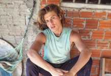 Pedreiro e modelo, Francisco Albuquerque sonha em construir carreira internacional