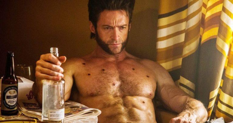 Hugh Jackman (Wolverine) aparece desnudo en un nuevo comercial