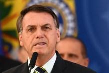Bolsonaro perde processo para padre que o criticou por posicionamentos homofóbicos