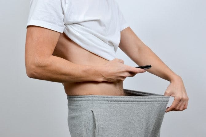 Hombre se descubre bi después de mostrar su pene de 26cm