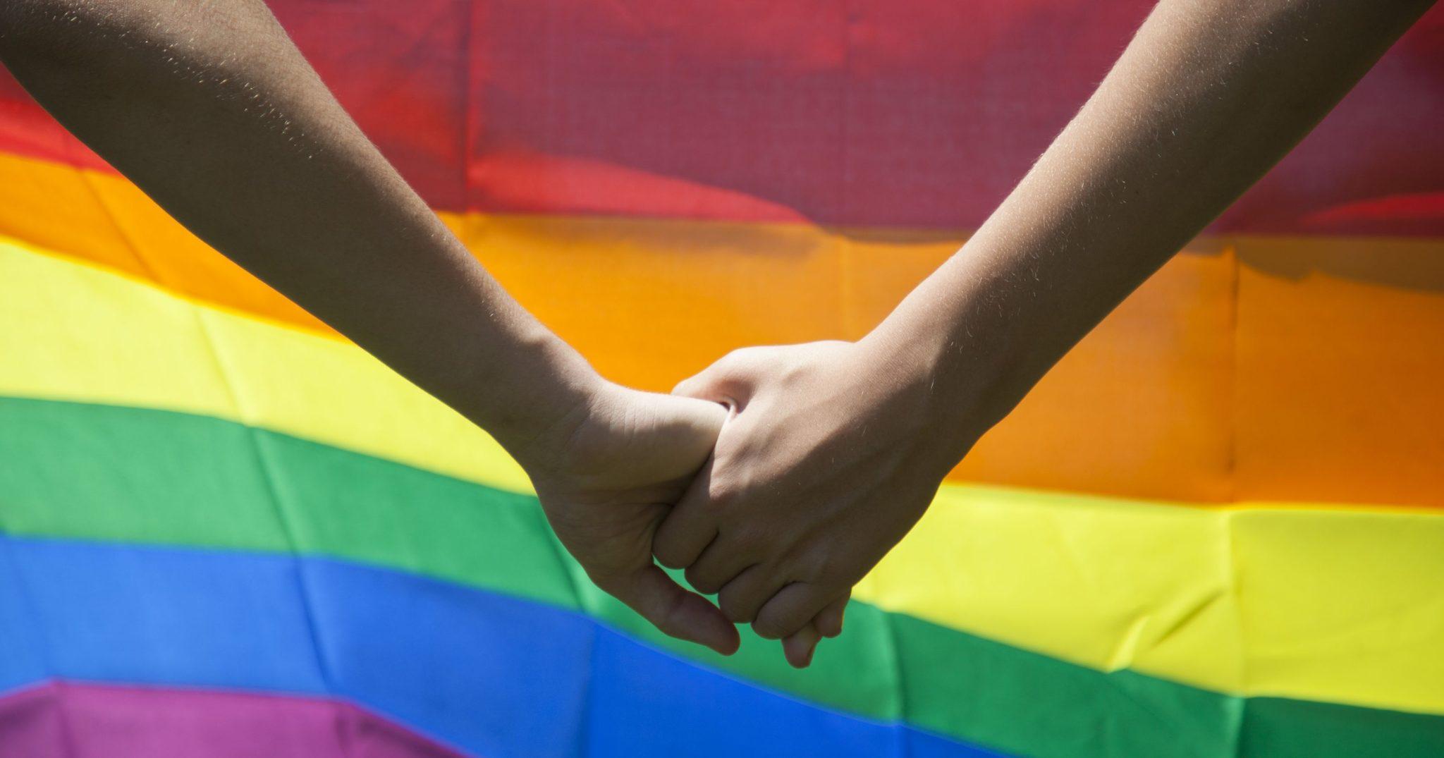 Empresas que discriminarem LGBTs no Distrito Federal poderão ser fechadas
