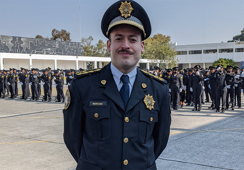 Mexico chooses an assumed gay man for a commandant's job