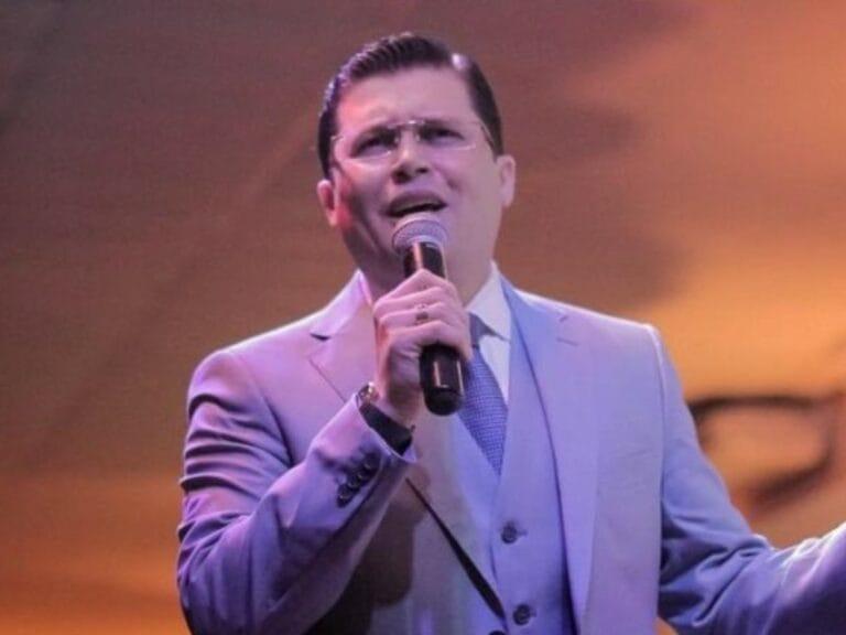Pastor bolsonarista jura por Deus que vacina contra coronavírus tem HIV