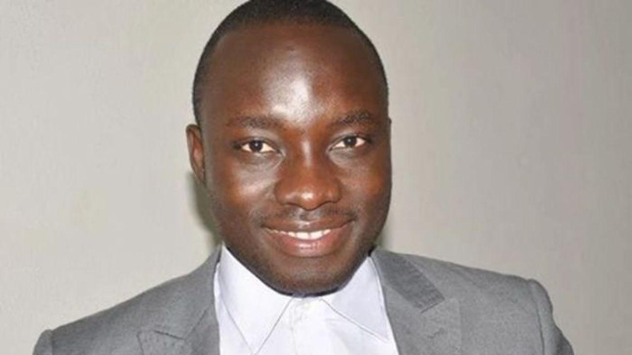 """Jornalista de Gana revela ser gay: """"No meu país nos sentimos desumanizados"""""""