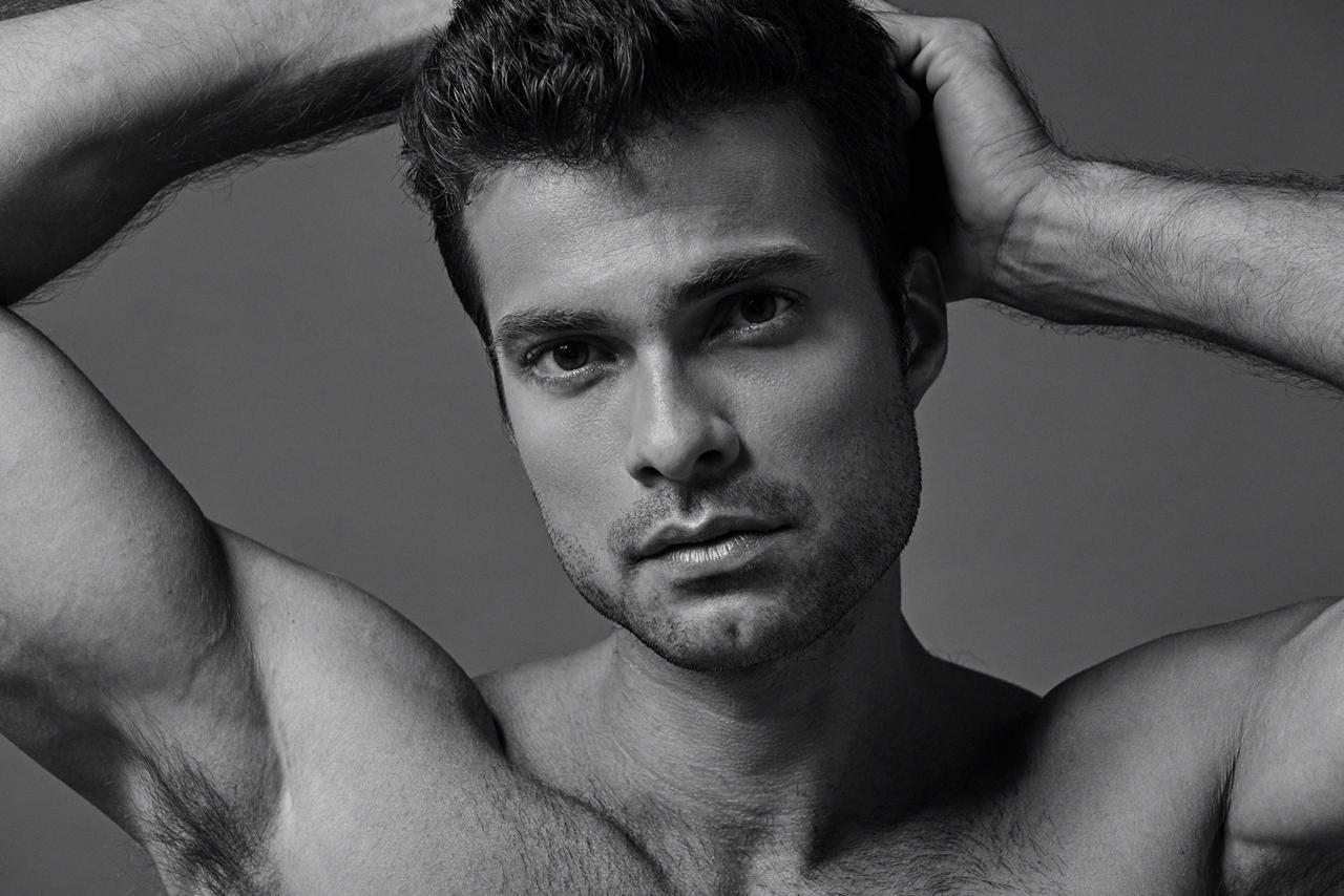 Victor Sparapane, el actor brasileño que se convirtió en una sensación internacional