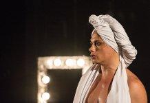 """Espetáculo """"BR-Trans"""", com Silvero Pereira, terá temporada online gratuita"""