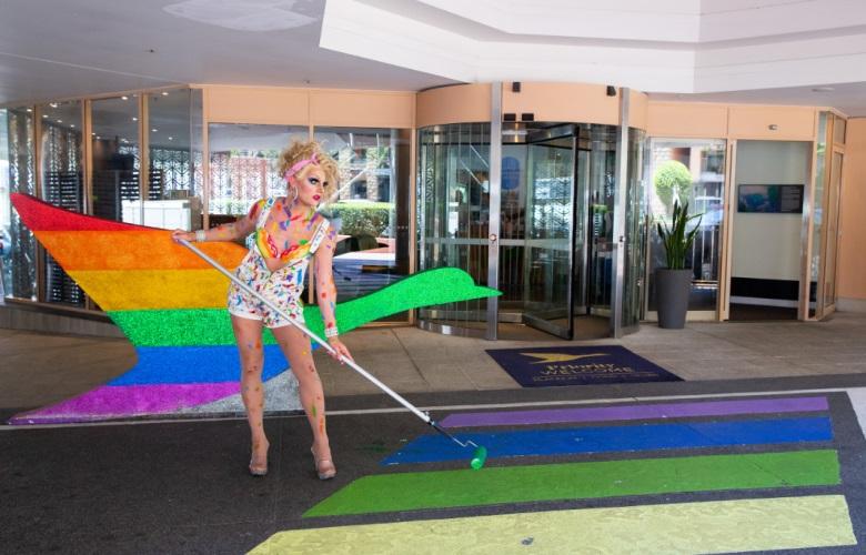 Rede de hotéis Accor reafirma compromisso com hóspedes e colaboradores trans