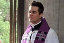 Padre detido por desviar dinheiro da igreja também fazia sexo sem proteção para transmitir HIV